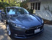 2013 Tesla Model SLight Gray Leather Trim